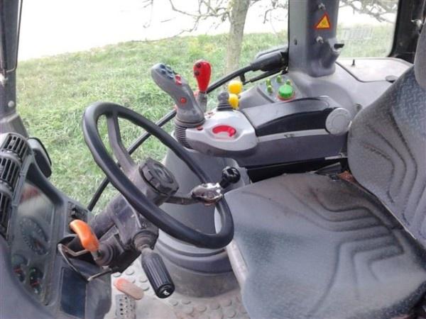 Do you like this Deutz Fahr tractor ? http://www.agriaffaires.com/occasion/tracteur-agricole/1/4031/deutz-fahr.html
