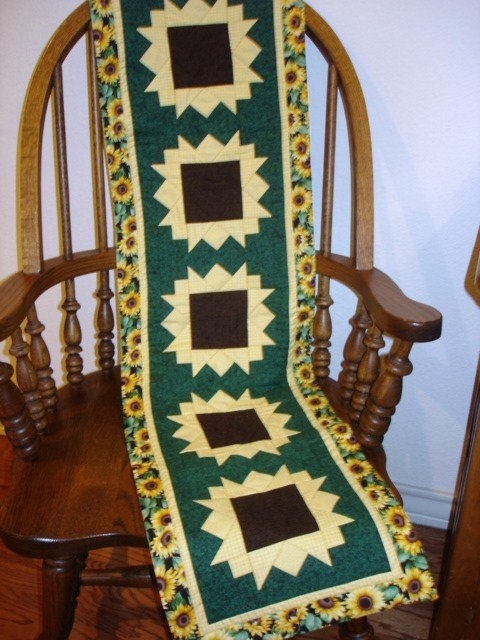 SUNFLOWERS ON PARADE Table Runner Pattern By CountryStittches, $7.00