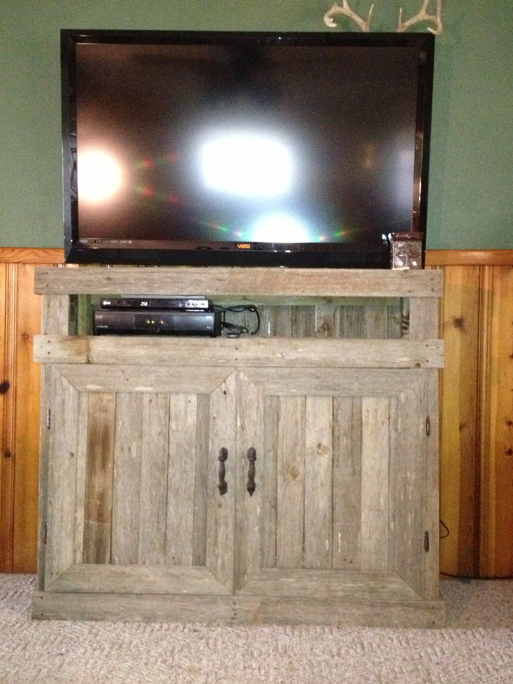 26 Best Images About Pallet Entertainment Center On