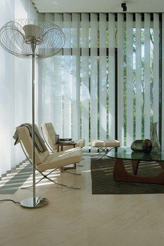 Luxaflex gordijnen Verticale lamellen / #interior #curtains #fabric / Meer op www.benedict.be
