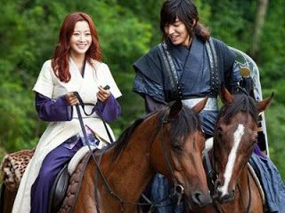My Scrap Book: Kim Hee Sun Tidak Suka Beradegan Ciuman dengan Lee...
