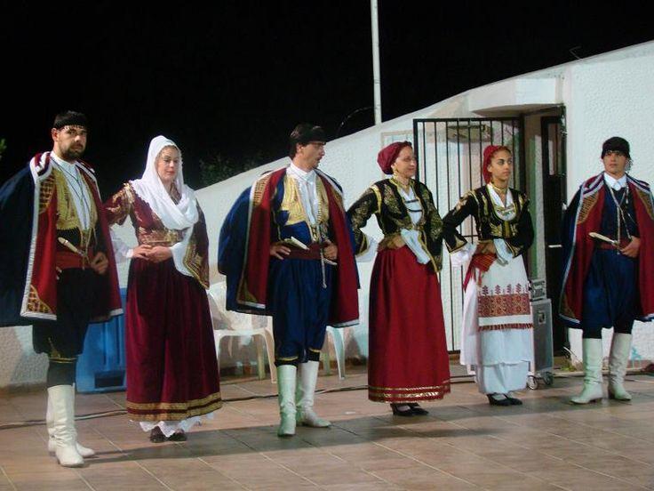 "Sfakiani and Anoghiani costumes. Folklore Music and Dance Association ""Arkadi"" of Rethymno, Crete. Events of the municipality of Alexandroupolis 2009"
