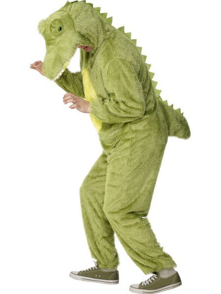 Naamiaisasu; Krokotiili. Krokotiilin hirmuinen naamiaisasu. Vaikka oikeasti krokotiilit liikkuvatkin matelemalla, niin tämä naamiaisasuinen yksilö kulkee sujuvasti myös kahdella jalalla. Naamiaisasu on standardikokoinen. Vyötärönympärys 112cm Rinnanympärys 114cm Pituus 160cm Kaula-haara 83cm
