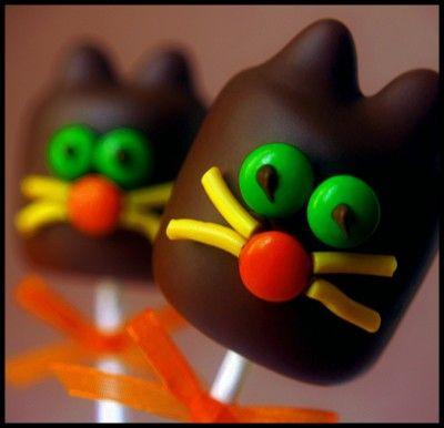 Scaredy Cat Marshmallow Pops: Chocolate Marshmallows, Idea, Kitty Cat, Cat Lollipop, Halloween Marshmallow Pops, Food, Chocolate Covered Marshmallows, Cake Pops, Marshmallows Lollipop Sticks