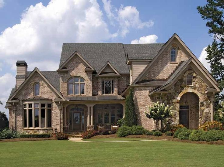 French Country House Plan with 4353 Square Feet and 4 Bedrooms(s) from Dream Home Source | House Plan Code DHSW43132
