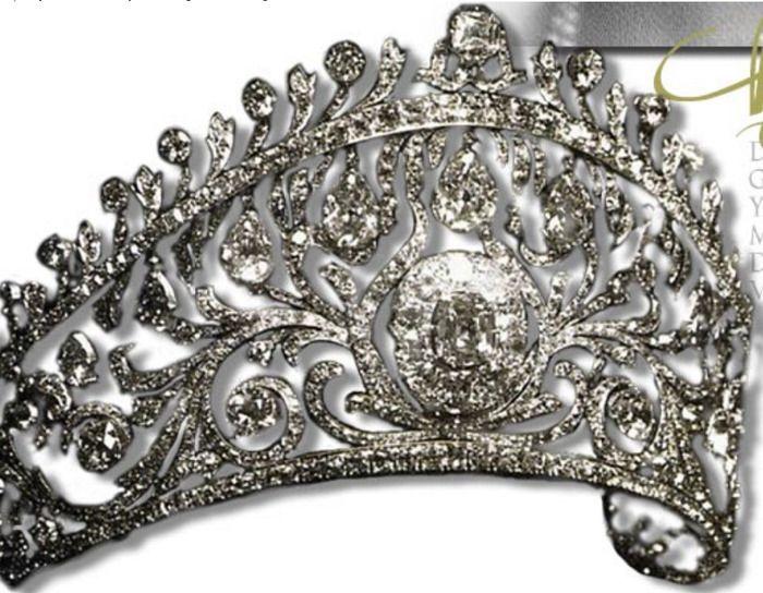 Бриллиантовая тиара русской великой княжны и греческой принцессы Елены Владимировны