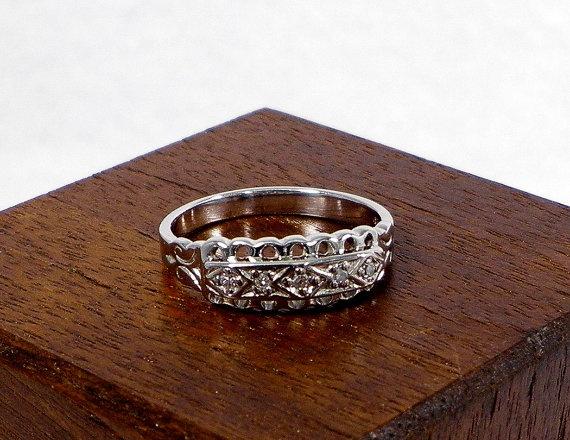 14 Karat White Gold Diamond Ring - Vintage Styling with .05 Carats of Diamonds, $290.00