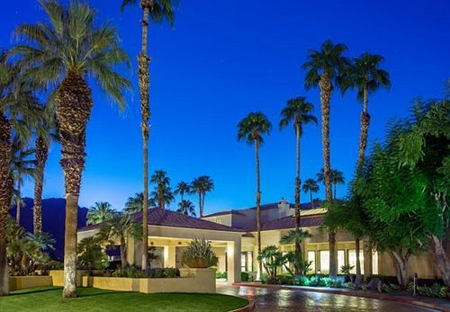 Courtyard By Marriott Palm Springs - Hotels.com - Hotel rooms with reviews. Discounts and Deals on 85,000 hotels worldwide