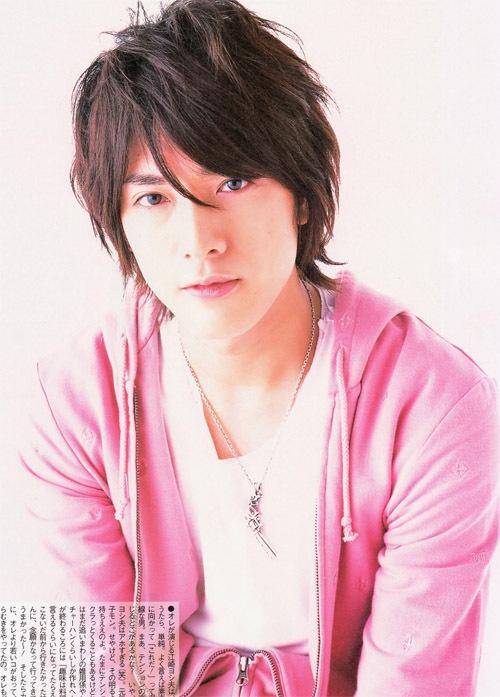 Hiroki Uchi <3 (He looks like a cross between, Hyun Joong Kim, Min Ho Lee and Donghae Lee! haha and he's not even Korean)