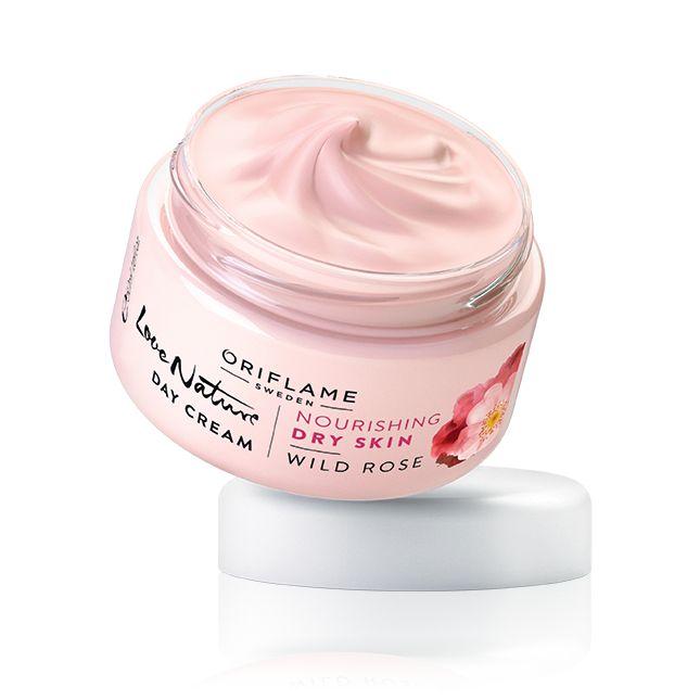 Crema de Día con Rosa Mosqueta Love Nature #oriflame Crema altamente nutritiva de acción día con extracto de Rosa Mosqueta que protege, suaviza y potencia la elasticidad de las pieles secas. Rápida absorción.