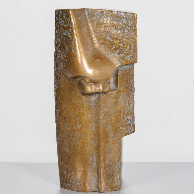 Armas Hutri, signeerattu 1969, k 47 cm l 20 cm.