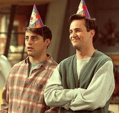 GUYS WE FIGURED IT OUT : I AM CHANDLER AND @honeyykid IS JOEY