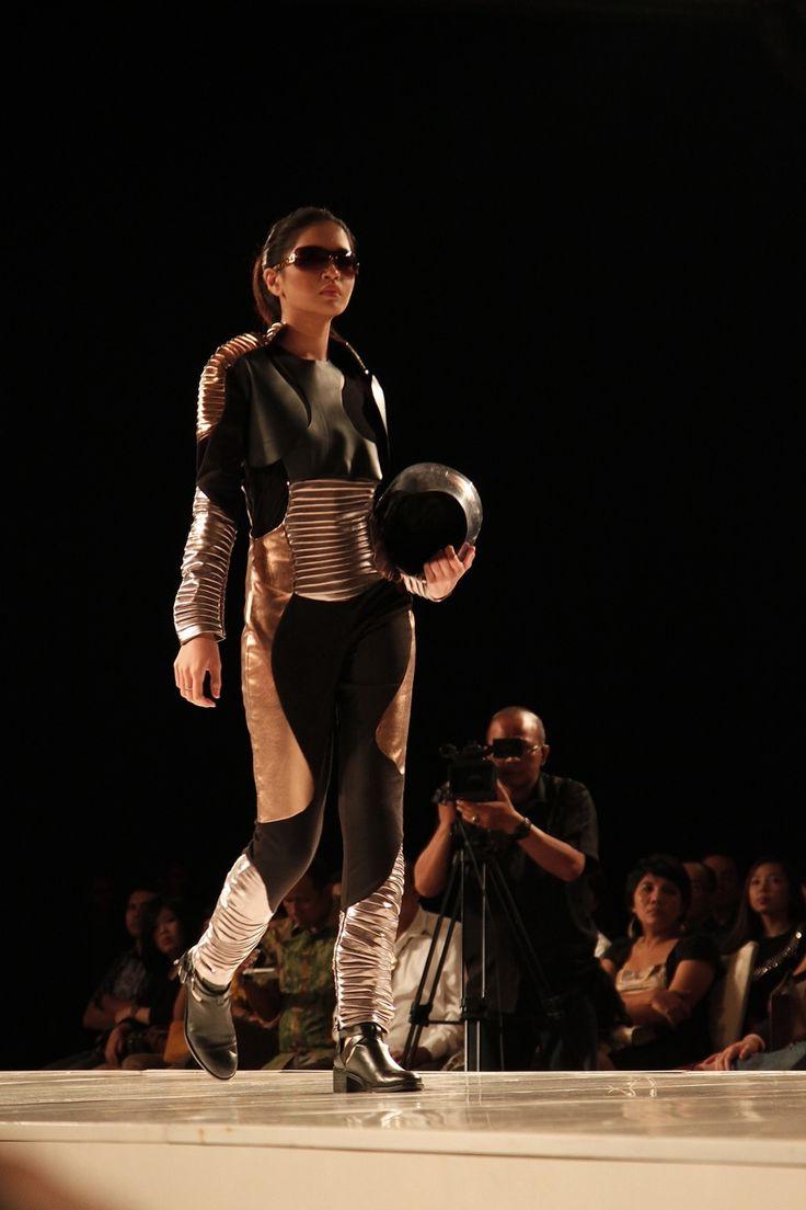 """Arthropiens"" by Anita Natalia on catwalk"
