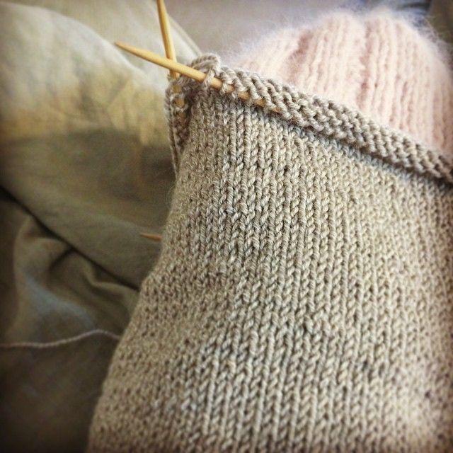 finishing the lining of my new cableknitted angora cap #angora #knit #knitlife #instaknit #cap #hat #handmade #yarnlove #yarnporn #knitstagram #yarn #cozy    http://instagram.com/polaripopin   http://www.polaripop.com
