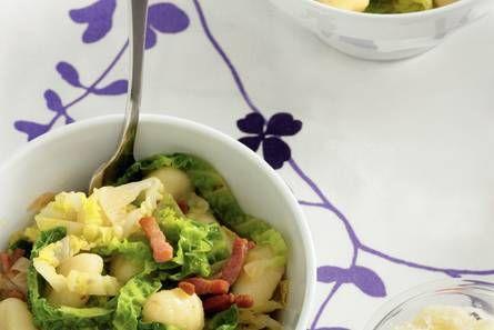 Gossie gnocchi met groene kool en spek - Recept - Allerhande