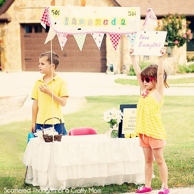 Lemonade Stand with Free Printables from Scattered Thoughts of a Crafty Mom