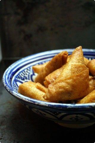 Briouats di pollo e zafferano | il cavoletto di bruxelles