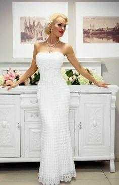 Вязание крючком свадебные платья ( beautiful  dress you  can  add  straps  too  this )