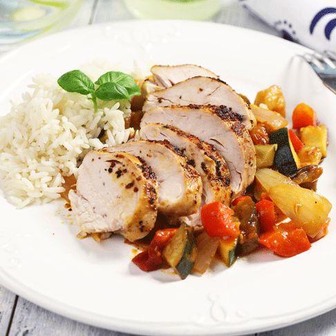 Recept på Ugnsbakat kycklingbröst med ratatouille från - Hemmets Journal