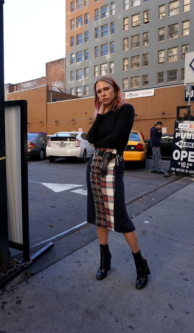 Some highlights from my 2016 fall wardrobe that resurfaced over and over again on the blog, social media and just generally in my every day wardrobe life, this Acne plaid pencil skirt, Valentino boots and Vetements chain belt. As much as I would love to tell you they're all on sale at your e-com … Continued