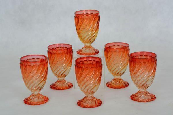 """Seis taças de água cristal francês Baccarat - """"Bambous Rose Tiente"""", moldado em gomos. Assinados. Base R$400,00. Out14."""