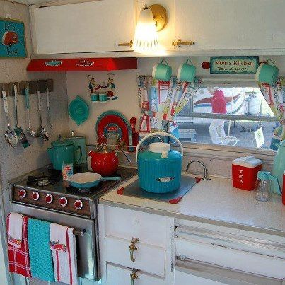 Artist Roads love the turquoise and red and those vintage drawer pulls....Daddy's camper had those