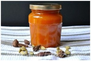 Cardamom infused Apricot Jam - Journal of a French Foodie