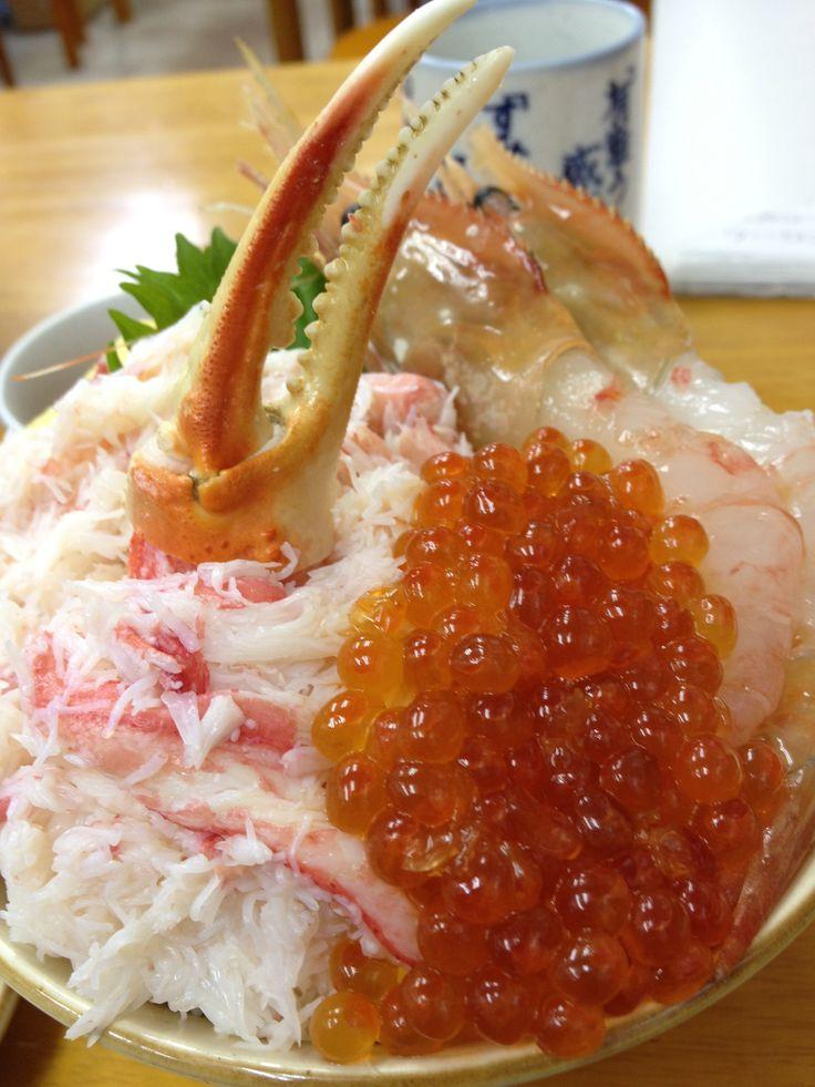 海鮮丼 小樽三角市場 crabmeat and ikura don