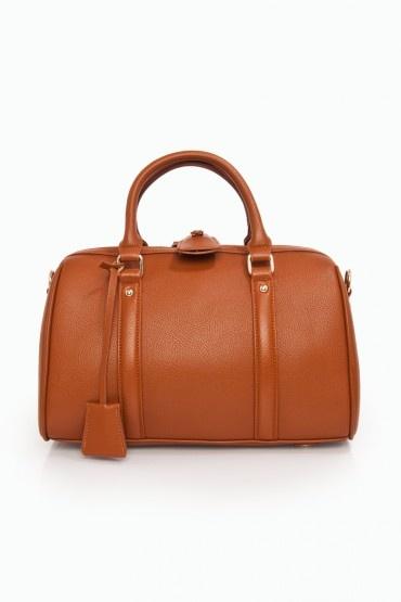 Love the shape of this bag.: Handbags Wallets Etc, Bags Bags Bags, Bags Pur Clutches, Clutches Pur Handbags, Beauty Color, Accessories, Haute Duffel, Fab Color, Bags Sho