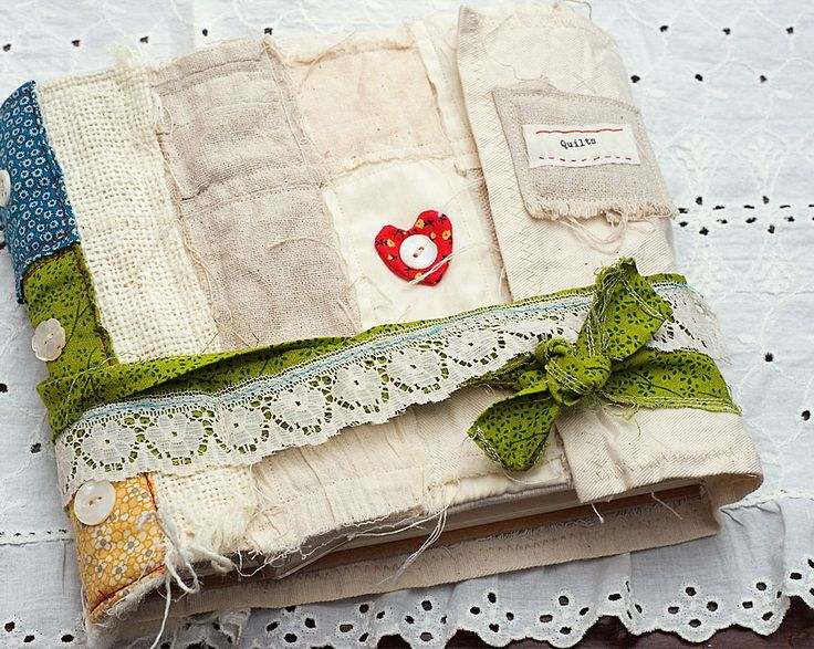 17 Best images about fabric books on Pinterest Fabric journals, Fabric books and Fabric book ...