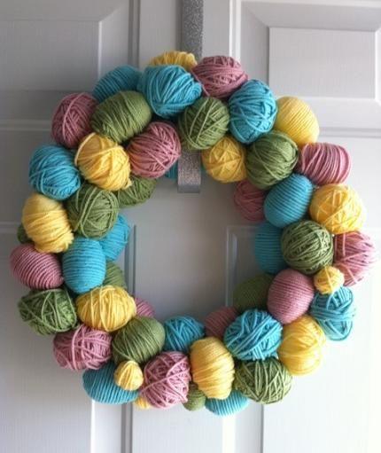 DIY Easter Egg Yarn Wreath