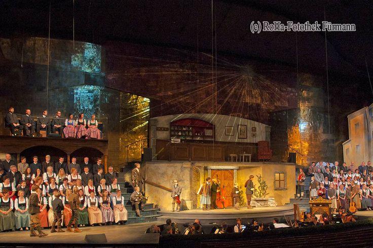 Salzburger Adventsingen im Großen Festspielhaus - ein einmalliges Erlebnis in der Einstimmung auf Advent und Weihnachten - http://www.roha-fotothek.de/index.php?id=314