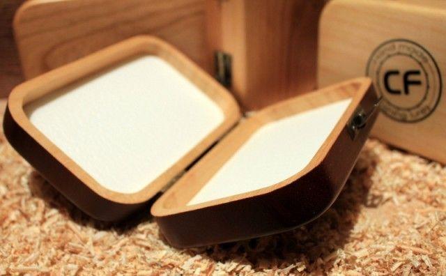 Drewniane, ręcznie wykonane pudełko na drobne przynęty czy akcesoria wędkarskie #wędkarstwo #akcesoria #prezent