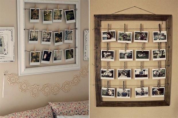 10 ideas para decorar con fotos Un antiguo marco intervenido con alambres horizontales para sostener las fotos con broches de ropa de madera. / 1001consejos.com