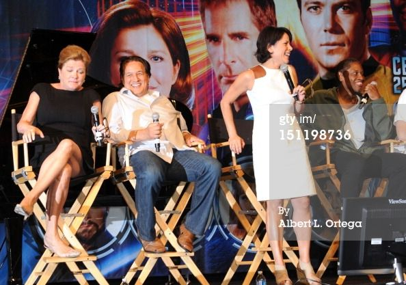 Kathryn Mulgrew, Robert Beltran, Roxann Dawson and Tim Russ - Star Trek Las Vegas Convention, 2012