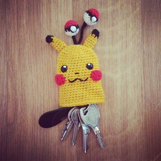 Pikachu Key Cosy pattern by Nathalie Nuisement