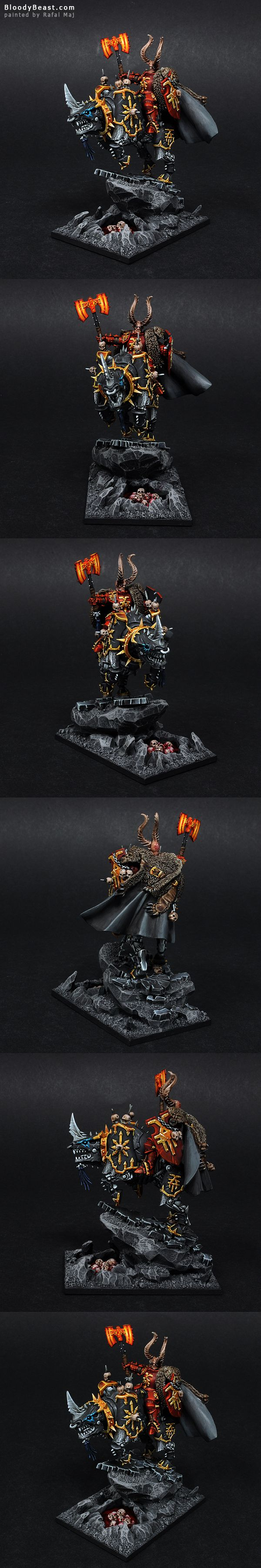 Lord for the unit of Skullcrushers. This is conversion from plastic skullcrusher using plastic Chaos Lord head and Space Woles Terminator Wolf Cloak. The base is elevated, but it still has some pie...