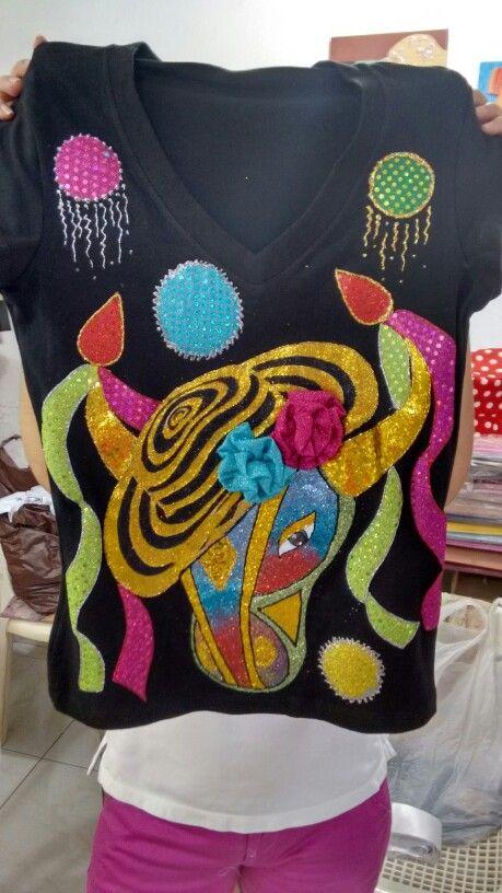 Camiseta torito carnavalero