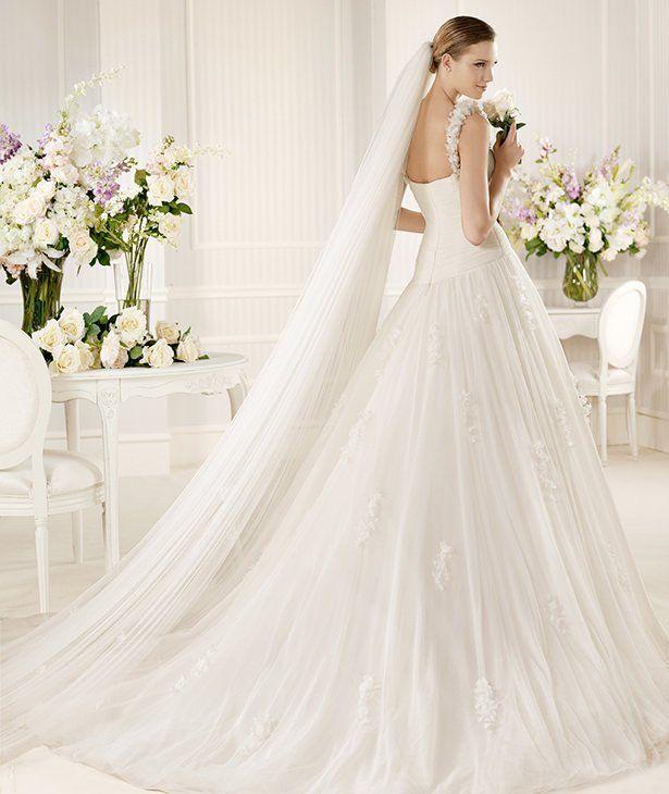 MORA » Wedding Dresses » 2013 Glamour Collection » La Sposa (back)