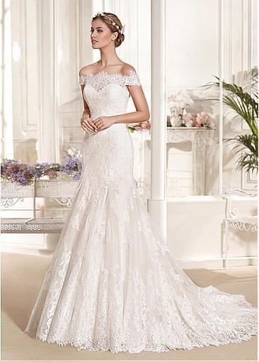 Romantic lace bridal dress - rustic wedding