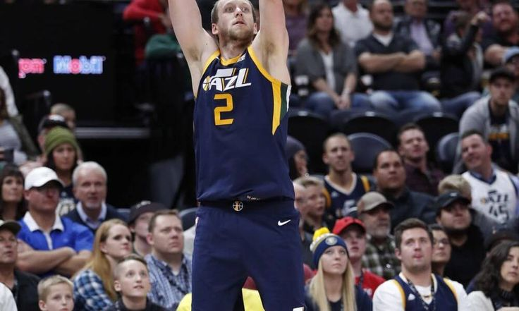 Jazz collective effort feasts before Thanksgiving = SUMMARY: The Utah Jazz blow out an inferior Chicago Bulls team and have a group feast.....