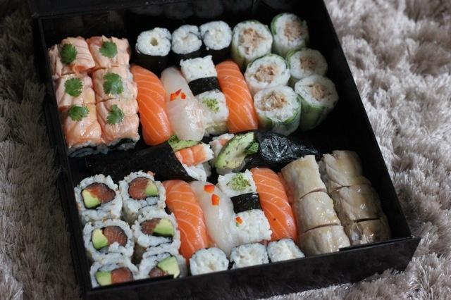 "La ""Kate Moss box"" by Sushi Shop - lol & yum"