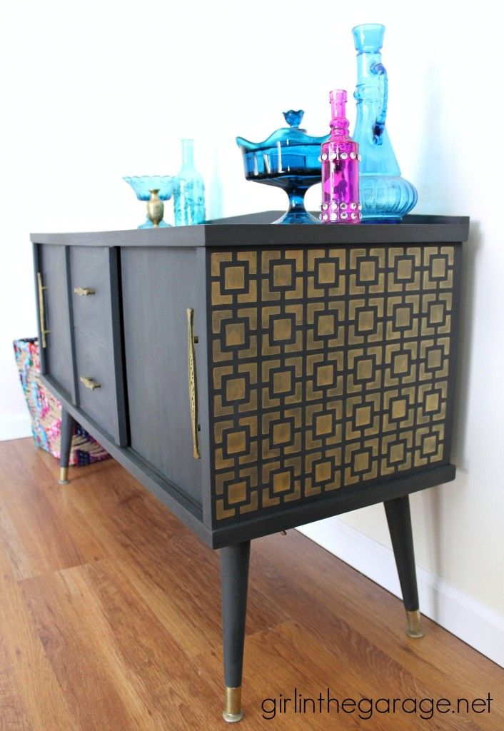 Midcentury Makeover with a Surprise