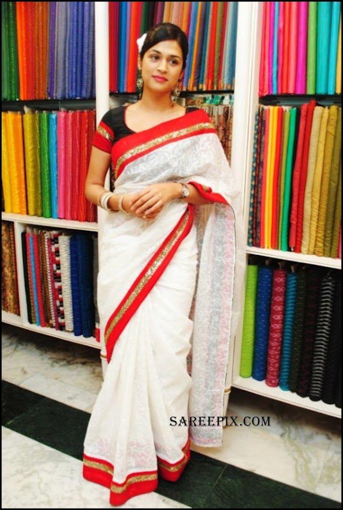 Shraddha_Das_white_cotton_saree