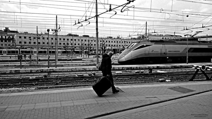Men with suitcase station train - null