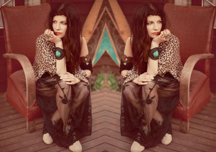 Daisy Dreamer Lace Maxi and Leopard Print Drifter Kimono