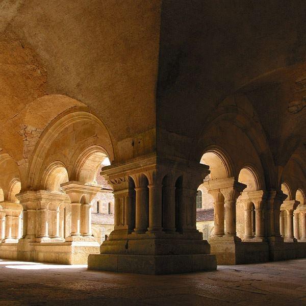 27 best romanesque images on pinterest romanesque for Architecture romane