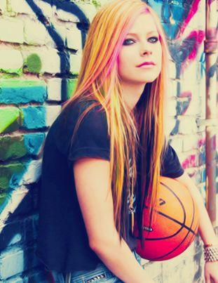Avril Lavigne                                                       …