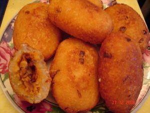 SeleraNusantara ( Resep Masakan Indonesia -The Biggest Cuisine and Beverage Recipe ): Combro Isi Tempe