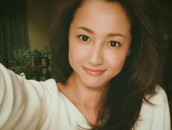 Erika Sawajiri Joins Instagram
